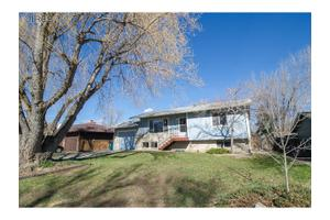 1024 Timber Ln, Fort Collins, CO 80521