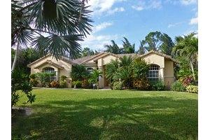 15687 83rd Way N, Palm Beach Gardens, FL 33418