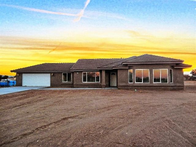 17267 Sycamore St Hesperia Ca 92345 Home For Sale And