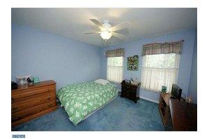 105 Cairns Way, Hamilton Township, NJ 08610