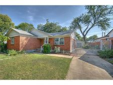 1044 Cole Ct, Fort Worth, TX 76115