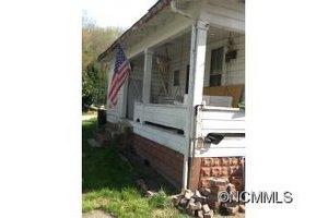 69 Dryman Valley Rd, Asheville, NC 28804