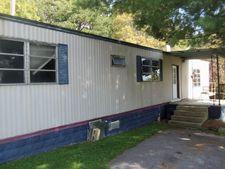 130 Duncan Ln, Oneida, TN 37841