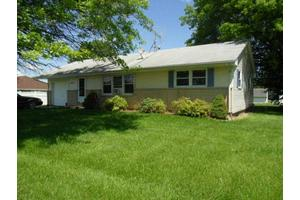 11711 Knoxville Rd, Milan, IL 61264