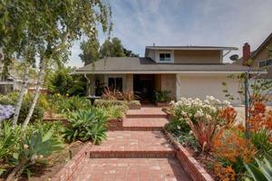 5620 Willow View Dr, Camarillo, CA 93012