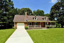 114 Chappell Creek Dr, Richlands, NC 28574