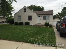 2429 Chesley Dr, Sterling Heights, MI 48310
