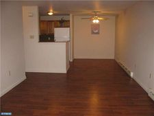 1334 W Wyomissing Blvd Apt C, West Lawn, PA 19609