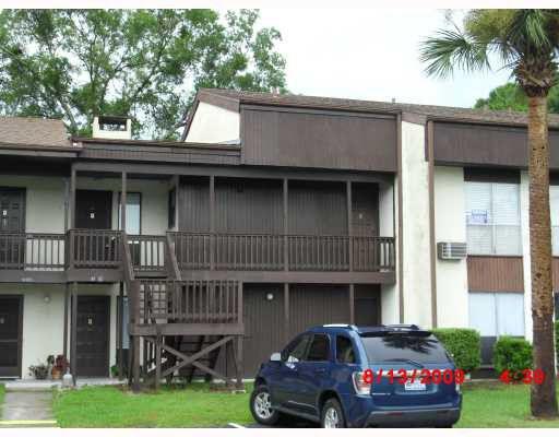 18202 Sandalwood Dr # 202, Wildwood, FL