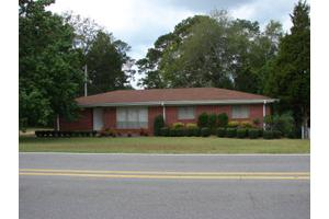 211 Mimosa Dr, Raleigh, MS 39153
