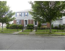 47 Ruggles St, Quincy, MA 02169