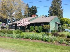 37265 Nw Treasure Ln, Cornelius, OR 97113