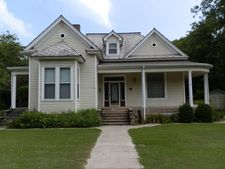 514 W Jefferson St, Aberdeen, MS 39730