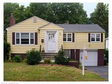 45 Brooklawn Cir, New Haven, CT 06515