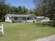 5381 Center St, Mulkeytown, IL 62865