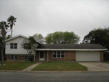1003 Huisache St, Refugio, TX 78377
