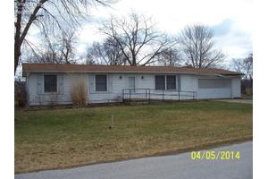 124 S Leonard St, Green Springs, OH 44836