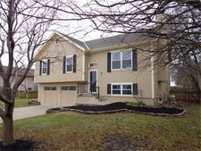 1400 Allendale Dr, Greenwood, MO 64034