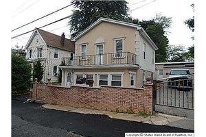 39 Regan Ave, Staten Island, NY 10310