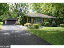 1170 Oakcrest Ave, Roseville, MN 55113