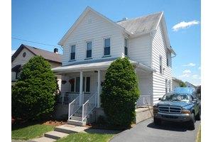 457 E State St, Larksville, PA 18651