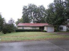 8424 Campanella Dr, Dallas, TX 75243