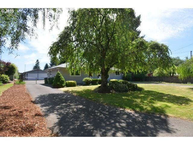 704 green valley dr newberg or 97132