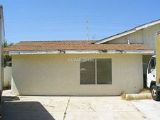 6758 Oak Valley Dr, Las Vegas, NV 89103