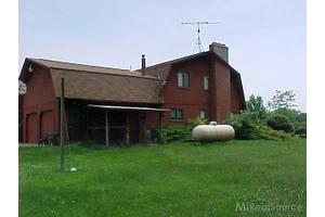 2170 Allington, Saint Clair, MI 48079