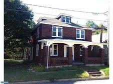 24 Hughes St, New Ringold, PA 17960