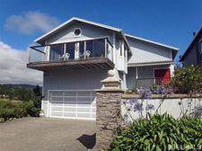 880 Lincoln St, Moss Beach, CA 94038