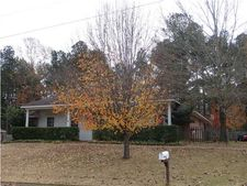 774 Highpoint Dr, Byram, MS 39272