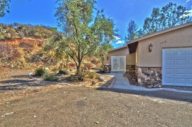 1115 Arnold Way Alpine, CA 91901