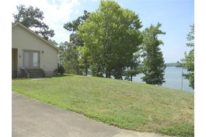 534 Lakefront Dr, Waverly, TN 37185