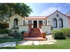 2428 Winton Ter E, Fort Worth, TX 76109