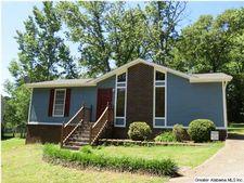 5949 Amber Hills Rd, Trussville, AL 35210