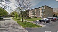 919 N Boxwood Dr Apt 401, Mount Prospect, IL 60056