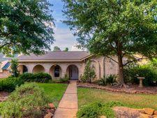 11426 Ash Creek Dr, Houston, TX 77043