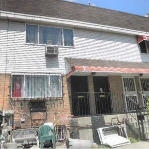 671 Park Ave Brooklyn NY 11206