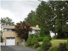 19 Porters Hollow Rd, Kennedy Twp, PA 15108