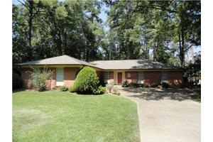 105 Covewood Rd, Brandon, MS 39047
