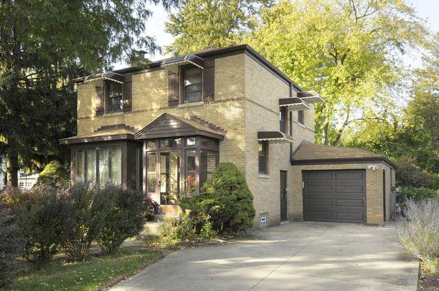 336 Woodbridge Rd Des Plaines, IL 60016