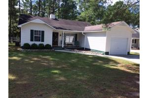 114 Carriage Hills Ct, Richlands, NC 28574