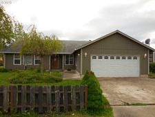 1233 44th Ave, Sweet Home, OR 97386