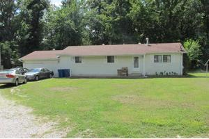 2608 W Susan Pl, Poplar Bluff, MO 63901