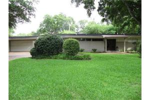 3323 Longfield Cir, Houston, TX 77063