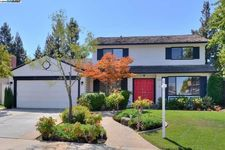 5257 Sunny Orchard Ln, San Jose, CA 95135