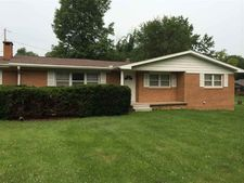 5441 W Sarah Myers Dr, West Terre Haute, IN 47885