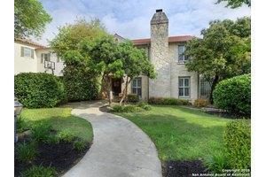 207 Belvidere Dr, San Antonio, TX 78212