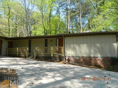 1603 Creekford Way, Stone Mountain, GA